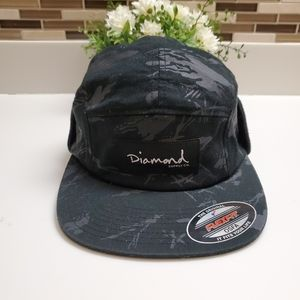 Diamond Supply Co Fitted With Ear Flaps